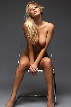 Hayley Marie Coppin Posing Nude