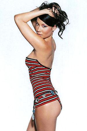 Hot Celeb Lucy Liu