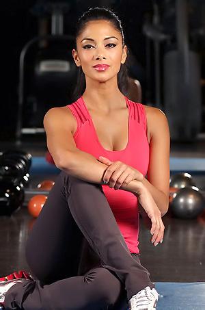 Nicole Scherzinger Sexy Workout