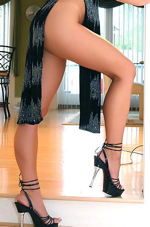 Ann Angel Classy Black Dress
