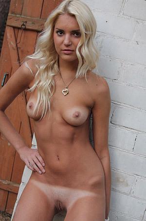 Teen Blonde Posing Outdoor