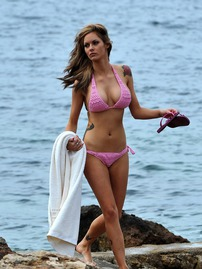 Jessica Jane Clement Nice And Busty In Pink Bikini