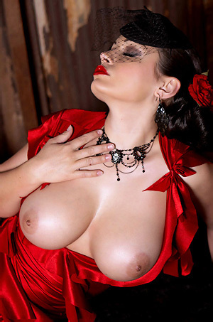 Aria Giovanni Red Dress