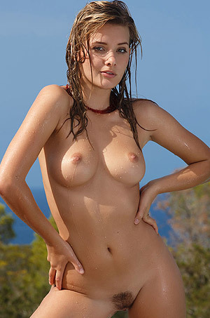 Edwige A Posing Naked By The Pool