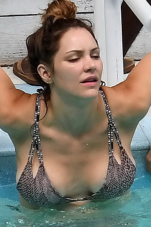 Katharine McPhee Showing Off Her Hot Body
