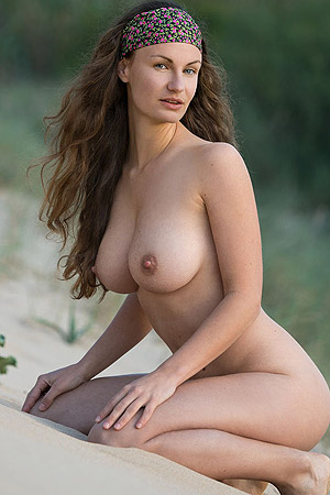 Susan Naked Beauty