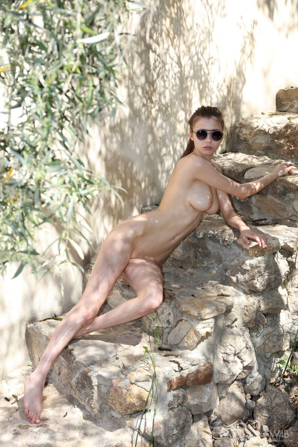 Milla Azul Naked Outdoors On A Sunny Day 10